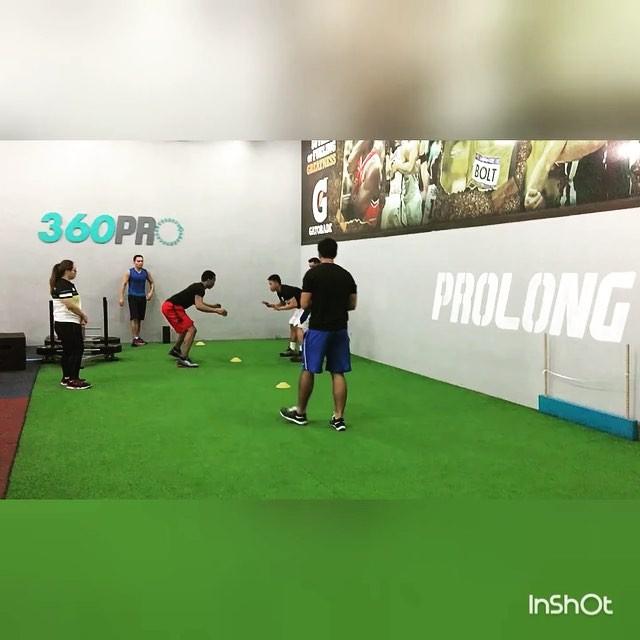 @chappycallanta training these mega athletes @360proph @jalapag3 , @jinnorufino, Chris, @baseramer07 🏻🏻⛹🏾#360pro #basketball #fitness