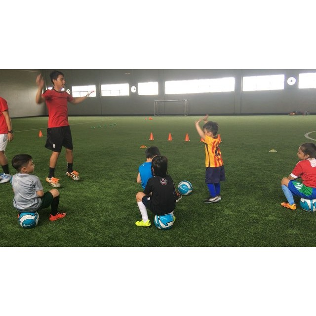 Watch this 3 year old do jumping jacks  Only at Sparta Football Academy ️️ 126 Pioneer st Mandaluyong 09777634402/6553799#kidsfootball #FIFA #football #spartafootballacademy