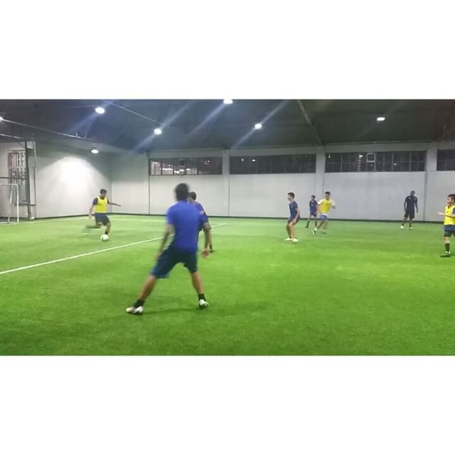 Future Azkals and UFL stars from GoM training under @darrenhartmann and @matthewhartmann here at the pitch weekly! Watch out for these kids in the near future! #ThisIsSpartaPH #football #futbol #azkals